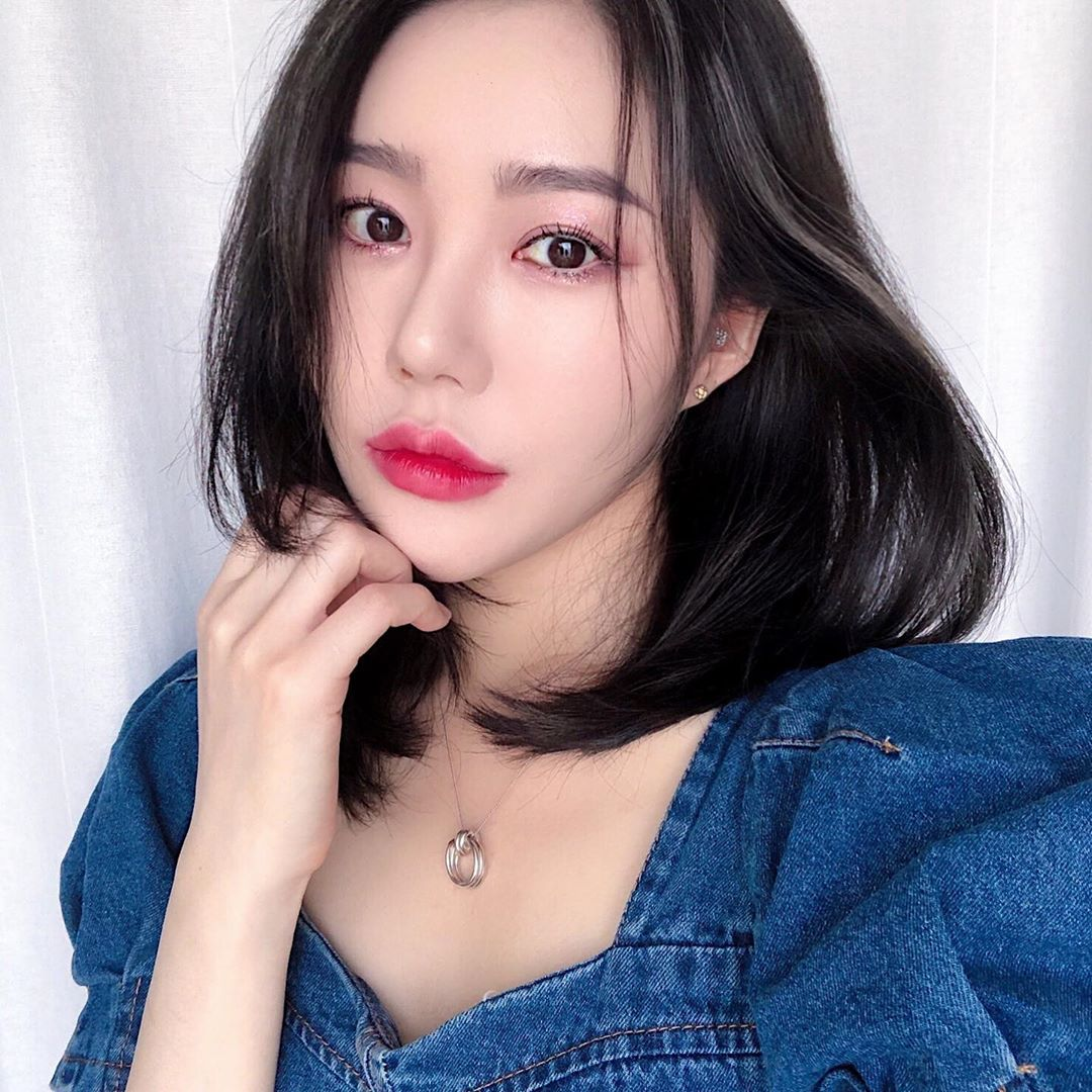 Thử đi làm tóc ở 1 tiệm của người Hàn, tôi đã học được cách sấy phồng cụp đẹp mê tơi mà không cần lược tròn - Ảnh 5.