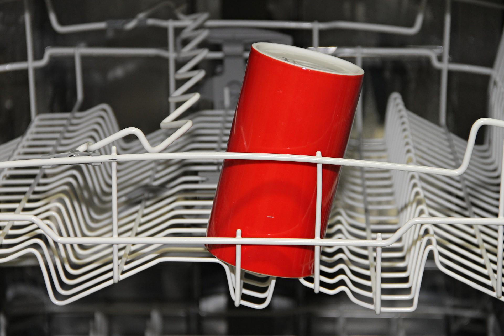 Đây là tần suất bạn nên dọn dẹp mọi không gian, bề mặt và vật dụng trong nhà - Ảnh 6.