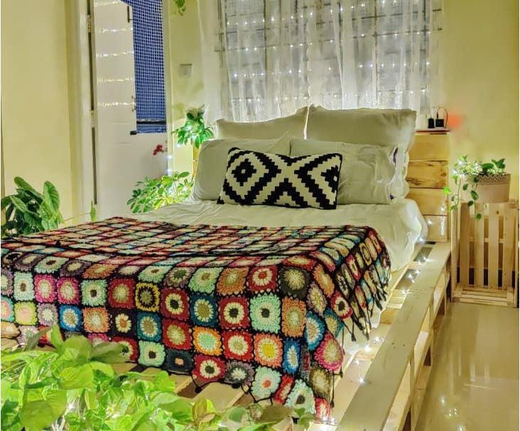 Gợi ý 10 kiểu giường pallet vừa rẻ vừa xinh phù hợp với mọi loại phòng ngủ - Ảnh 3.