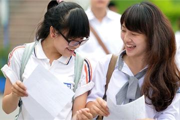 """Các trường đại học """"hot"""" liên tiếp công bố điểm sàn xét tuyển, có trường lấy từ 14.5 điểm"""
