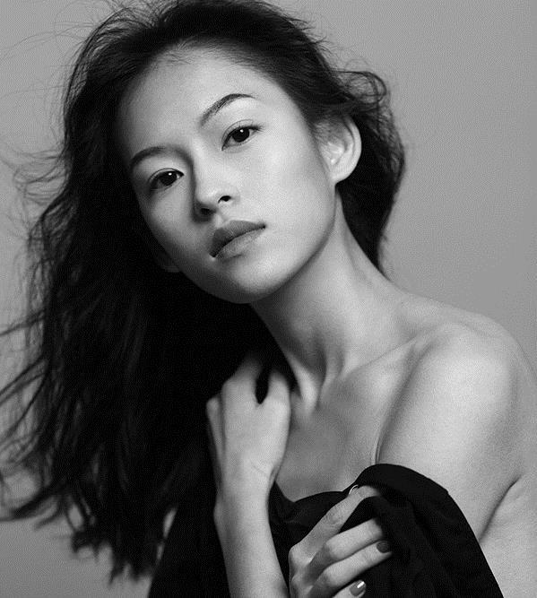 Người mẫu Việt bất ngờ lên báo Trung vì quá giống Chương Tử Di - Ảnh 4.