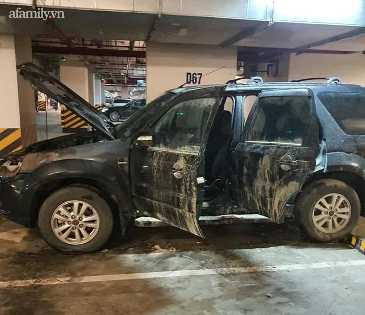 Hà Nội: Láo loạn cháy xe ô tô ở tầng hầm chung cư cao cấp - Ảnh 4.