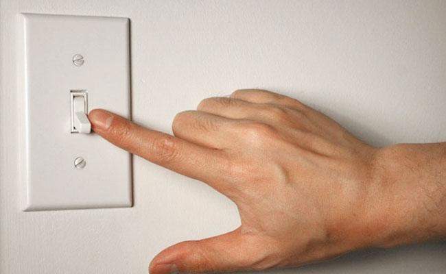 Sai lầm khi sử dụng các đồ gia dụng vừa gây nguy hiểm vừa tốn tiền điện - Ảnh 8.
