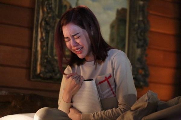 Con đầy tháng, tôi tưởng bạn trai đến bàn kế hoạch đám cưới, nào ngờ anh dẫn theo người phụ nữ lạ với đề nghị khiến tôi khóc nấc - Ảnh 1.