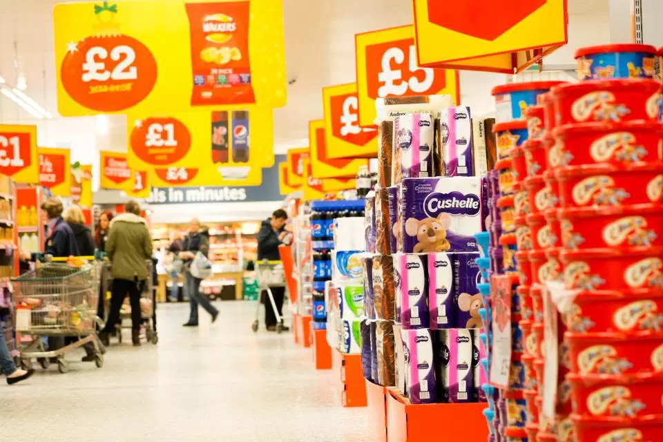6 tiện ích của siêu thị nhưng thực chất là mánh khóe đang móc tiền trong ví bạn - Ảnh 4.