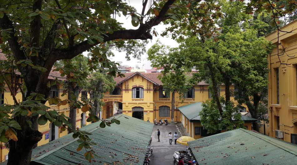 """Hà Nội có 1 trường đại học danh giá: Muốn thi đỗ phải học cực """"trâu bò"""", kiến trúc thì đẹp thôi rồi, chẳng khác nào lâu đài cổ - Ảnh 15."""