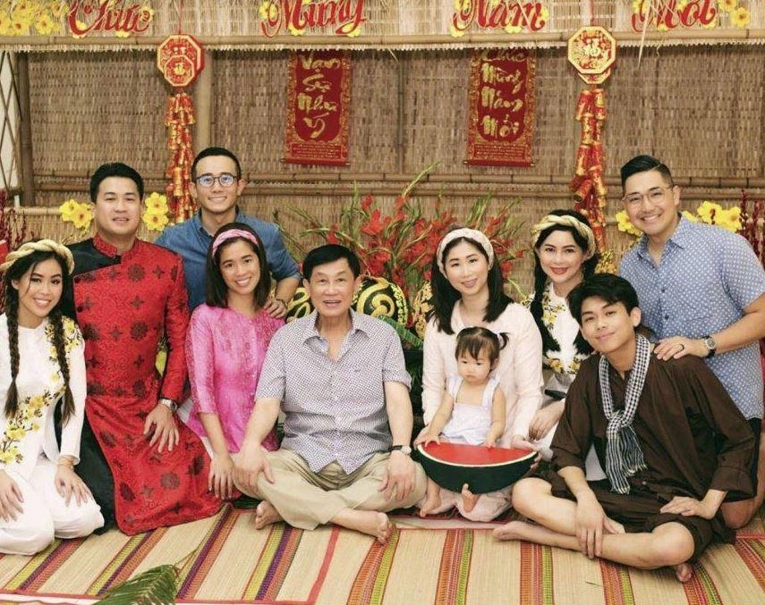 Bố chồng Tăng Thanh Hà: Đại gia ngàn tỷ đồng, bận rộn bù đầu nhưng vẫn hết mực quan tâm, dìu dắt các con theo cách ấm áp không ngờ - Ảnh 4.