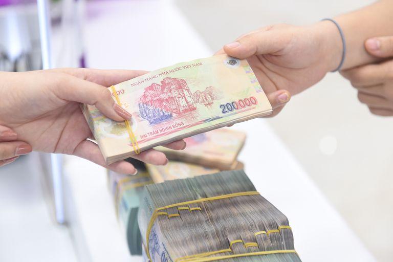 Tại sao có người vay tiền rất dễ nhưng có người lại không vay nổi dù chỉ một xu? - Ảnh 2.