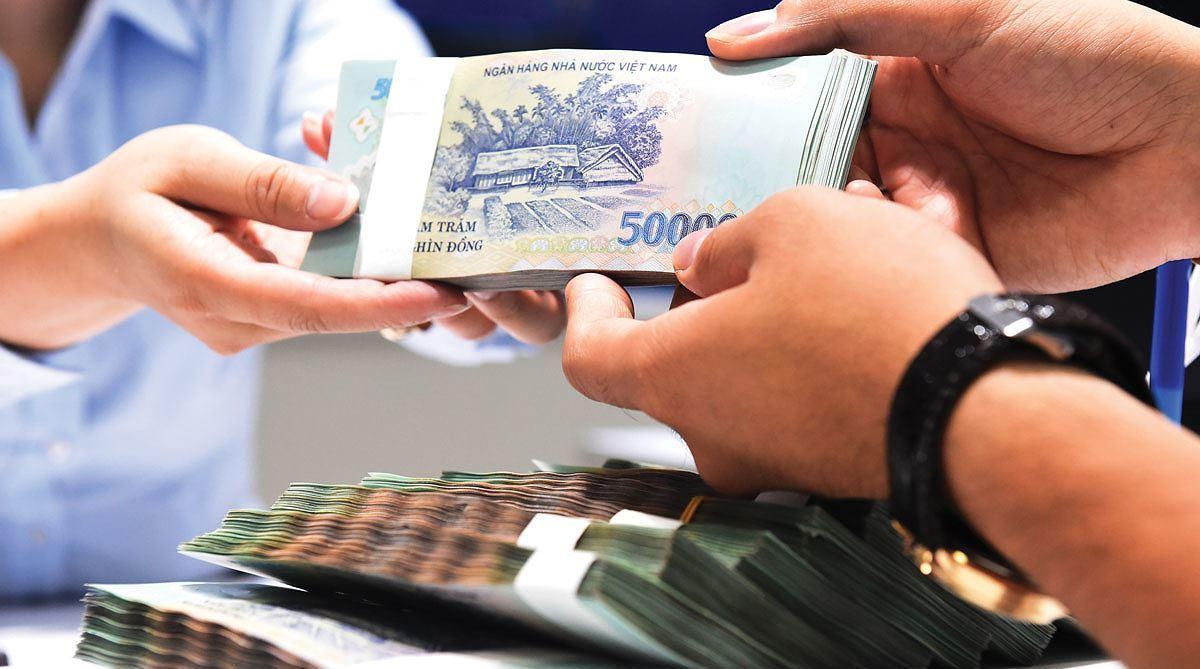 Tại sao có người vay tiền rất dễ nhưng có người lại không vay nổi dù chỉ một xu? - Ảnh 1.