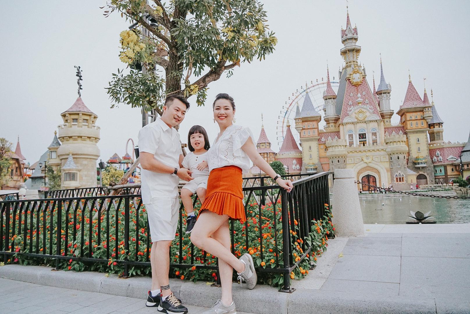 Diễn viên Lê Khánh cho con trai để tóc dài như con gái, ai hỏi giới tính của bé đều đưa ra câu trả lời ngã ngửa - Ảnh 1.
