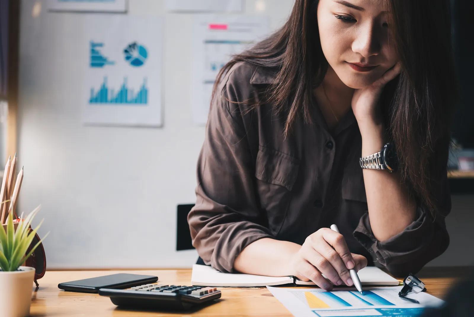 5 quy tắc tiết kiệm và phân bổ tiền lương cho người mới đi làm, giúp bạn tiết kiệm được khoản tiền đáng kể dù thu nhập chưa cao - Ảnh 1.