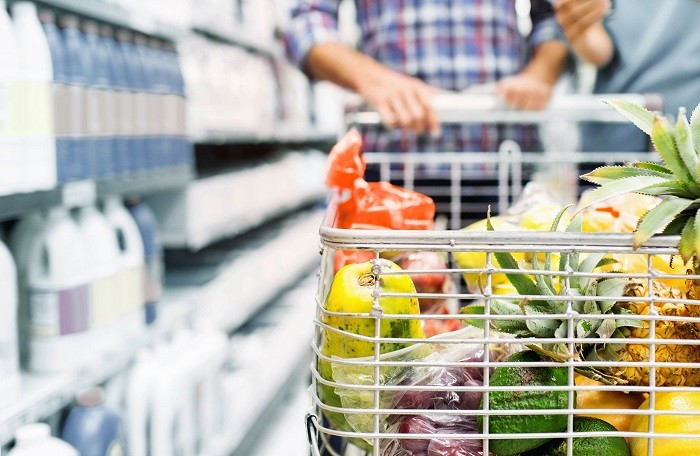 Thực hiện 10 mẹo nhỏ này, hóa đơn đi siêu thị sẽ giảm đáng kể, thực phẩm vẫn chất lượng và bạn mua đủ thứ mình cần - Ảnh 2.