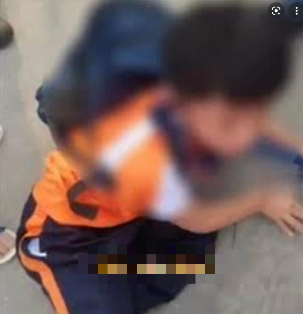 Con gái bị bạn nam bắt nạt, bố tức giận đến tìm đứa trẻ trả thù, đoạn video được gửi vào nhóm phụ huynh thật đáng sợ - Ảnh 3.