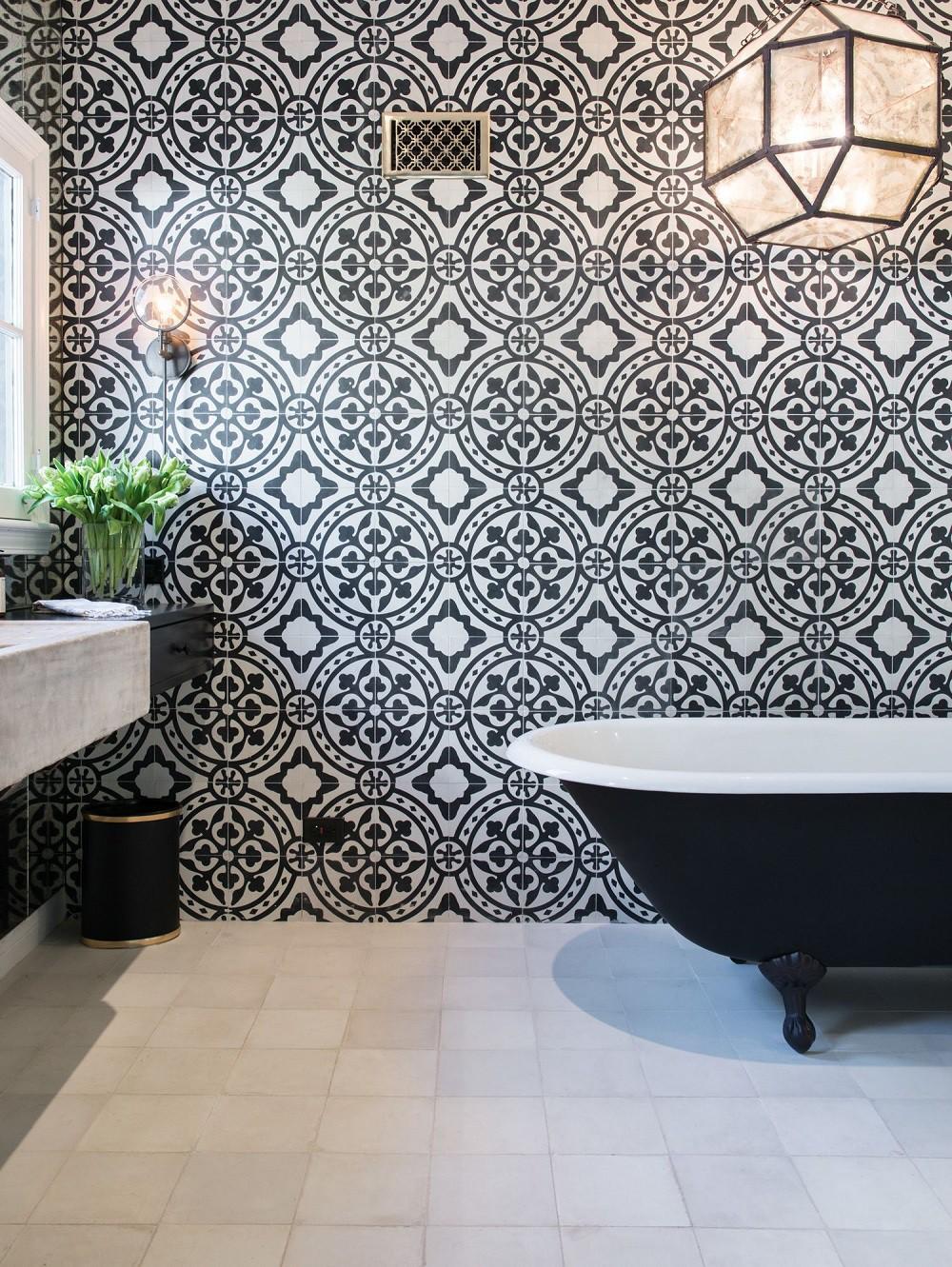 Cận cảnh 3 thiết kế phòng tắm được hồi sinh theo phong cách Tây Ban Nha thập niên 1930 nhờ các vật liệu công nghiệp - Ảnh 13.