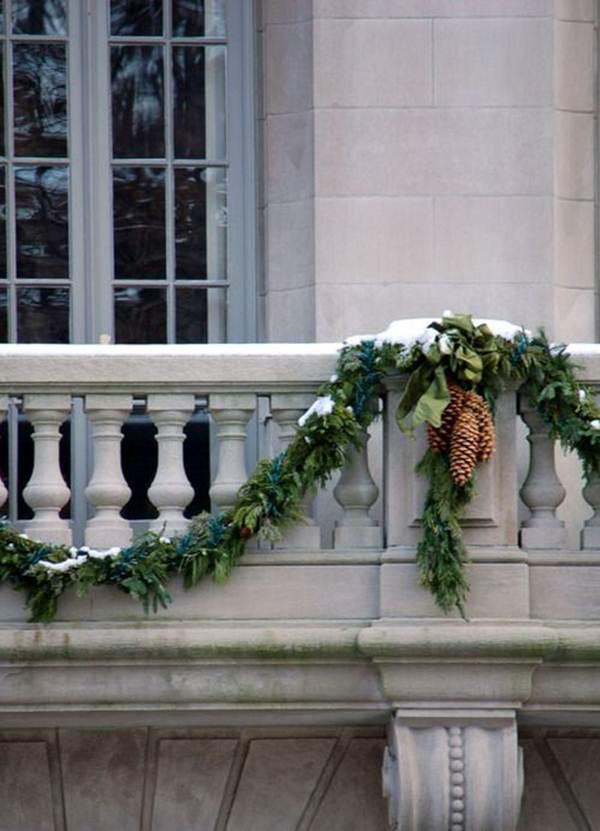 27 ý tưởng trang trí ban công dịp Giáng sinh cực đáng yêu cho mỗi gia đình - Ảnh 14.