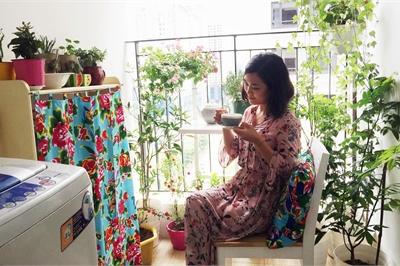 Căn hộ góc nào cũng xinh của bà mẹ Hà Thành mê gốm