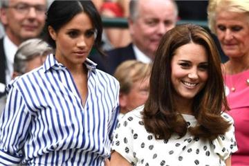 """5 điều Công nương Kate làm cho các con được ngợi khen hết lời, nhưng lại khiến Meghan """"muối mặt"""" vì nhìn thôi cũng đã chào thua"""