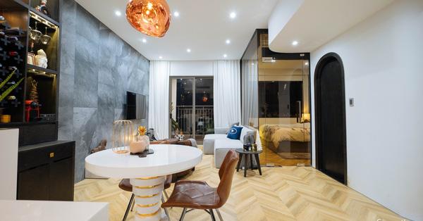"""Quyết tự tay thiết kế, trang trí căn hộ 67m² cho riêng mình, chàng trai Sài Gòn nhận lại sự """"trầm trồ"""" của người xem"""