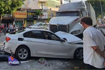 TP.HCM: Tai nạn liên hoàn lúc 5h sáng, nhiều người bị thương