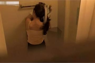 Học sinh tiểu học bí mật chụp ảnh nhạy cảm của mẹ đăng lên mạng xã hội với tiêu đề gây sốc