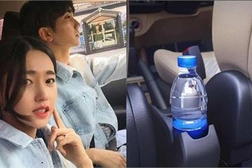 """Vợ cầm chai nước trên xe hơi phát hiện điều lạ, sau đó cô """"ngả bài"""" khiến gã bội bạc choáng váng!"""