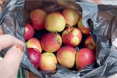 Cô gái mua 2 cân táo tưởng giá rẻ, không ngờ 1 cân ở Hàn Quốc hoàn toàn khác 1 cân ở Việt Nam