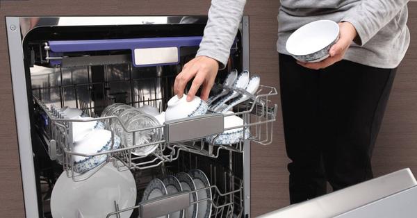 Mách chị em 3 bí quyết để máy rửa bát luôn bền và tiết kiệm chi phí sử dụng nhất