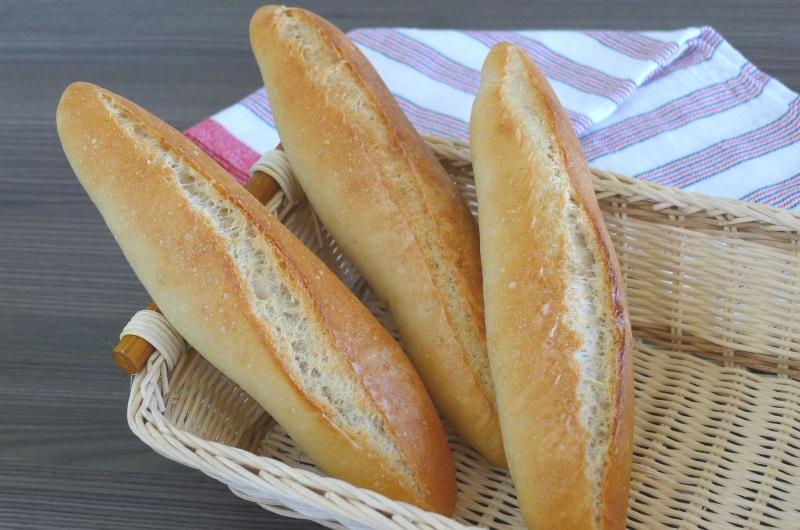 Bánh mì sau hàng thiên niên kỷ phát triển, đã trở thành món ăn rất phổ biến trên khắp thế giới. Ảnh: Danang Cuisine.