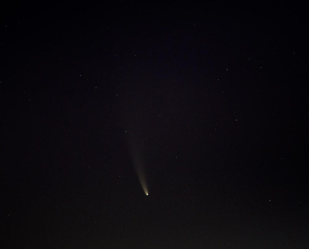 Sao chổi sáng nhất 23 năm thống trị màn đêm thế giới - 9