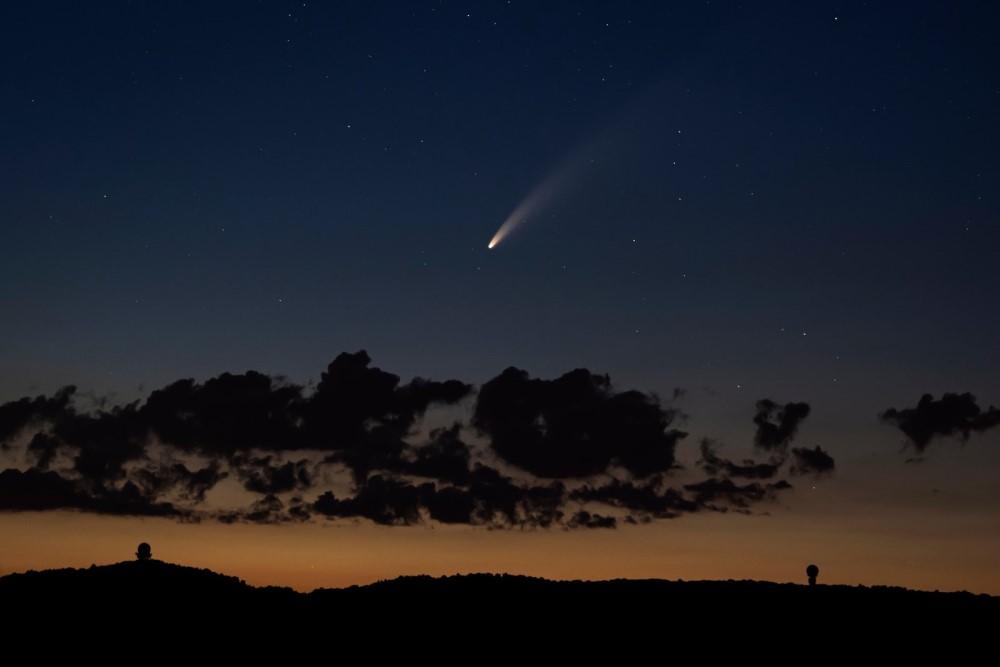 Sao chổi sáng nhất 23 năm thống trị màn đêm thế giới - 10
