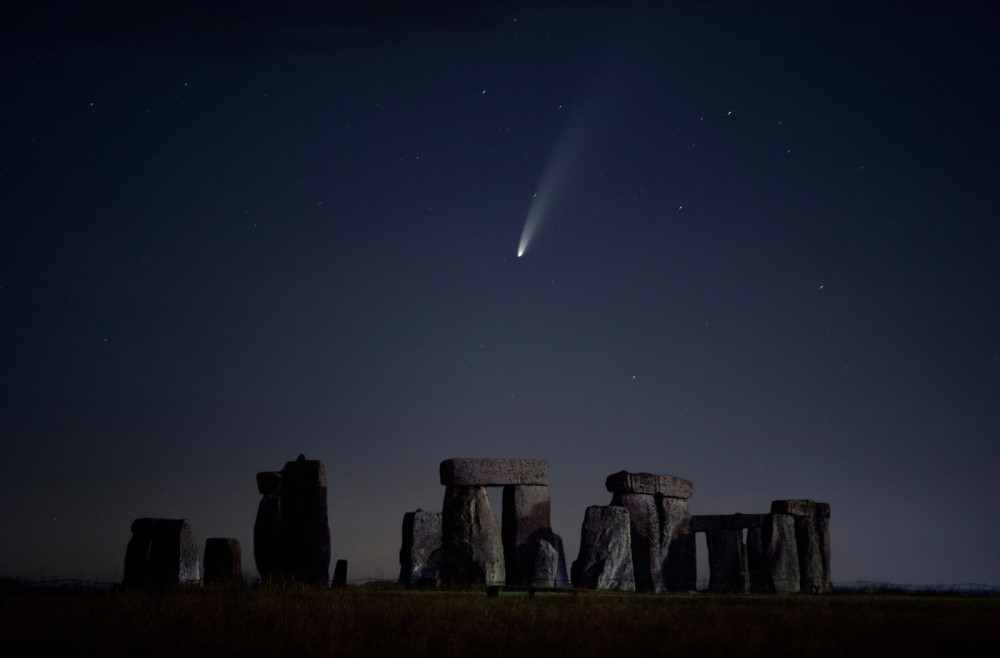 Sao chổi sáng nhất 23 năm thống trị màn đêm thế giới - 12
