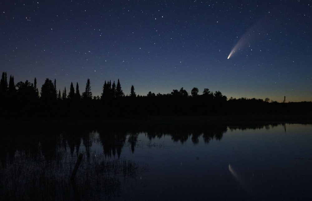 Sao chổi sáng nhất 23 năm thống trị màn đêm thế giới - 13