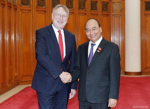 Thủ tướng tiếp đoàn UB Thương mại quốc tế Nghị viện châu Âu