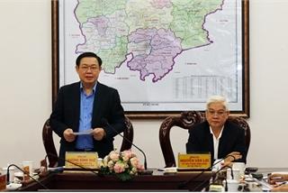 Đoàn của Bộ Chính trị thông báo dự thảo kết luận về cán bộ cấp chiến lược