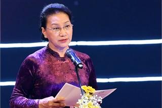 Sức mạnh nhân đạo của dân tộc đưa Việt Nam trở thành điểm sáng trên thế giới