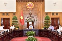 Thủ tướng làm việc với Bộ Y tế: Quyết định những vấn đề cấp bách để phòng chống dịch