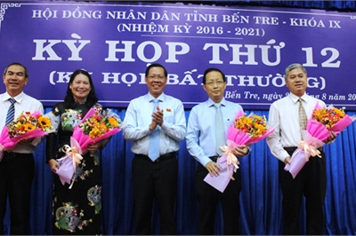 Thủ tướng phê chuẩn bầu bổ sung 2 Phó chủ tịch tỉnh Bến Tre