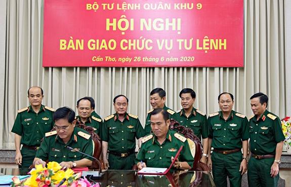Thiếu Tướng Nguyễn Xuan Dắt Lam Tư Lệnh Quan Khu 9