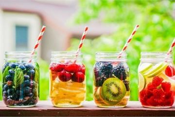 Mùa nắng nóng uống bao nhiêu nước là đủ?
