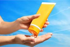 Đình chỉ lưu hành và thu hồi trên toàn quốc lô mỹ phẩm kem dưỡng trắng da chống nắng White skin care - sunscreen SPF 50