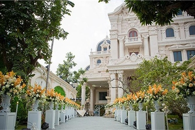 Biệt thự của thiếu gia Nam Định chi tiền tỷ mua làm hoa cưới 'khủng' cỡ nào?