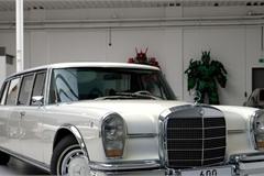 Cận cảnh Mercedes-Benz 600 Pullman đời 1975, giá 2,6 triệu USD