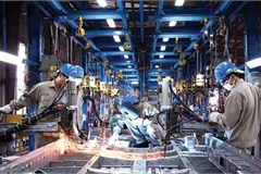 Vietnam manufacturing, processing industry drives economic growth