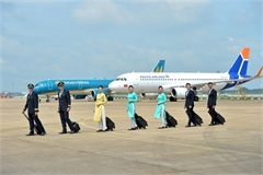 Vietnam Airlines reports huge losses