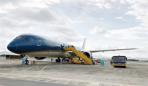Air passenger transport increases slightly in May