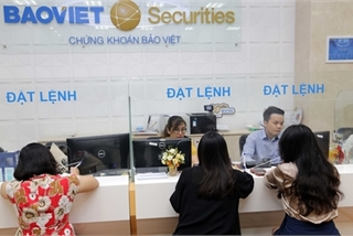 Shares forecast to correct on cautious sentiment