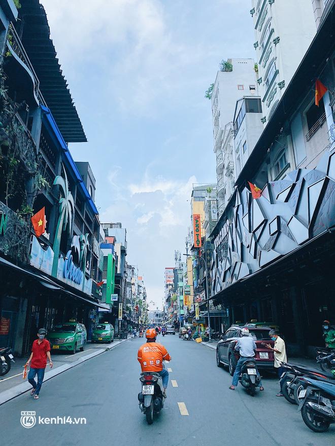 Chuyện khó tin ở Sài Gòn: Tụ điểm bar pub hot nhất nay đã trở thành chỗ bán rau? - Ảnh 5.