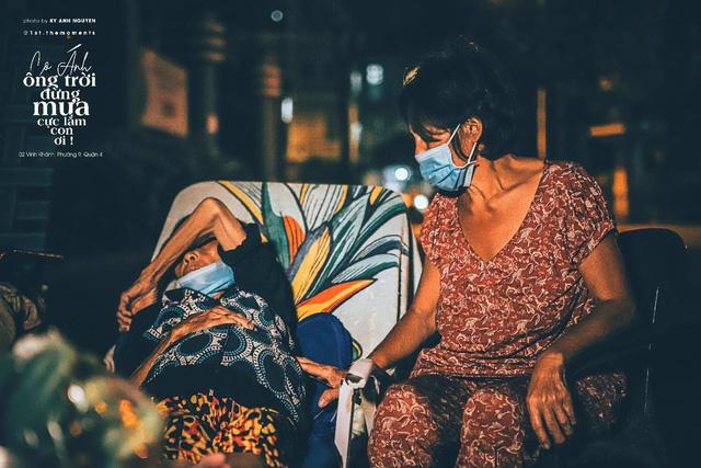Thương lắm Sài Gòn ơi! - dự án ảnh chụp người lao động nghèo đầy cảm xúc của travel blogger trẻ Nguyễn Kỳ Anh - Ảnh 5.