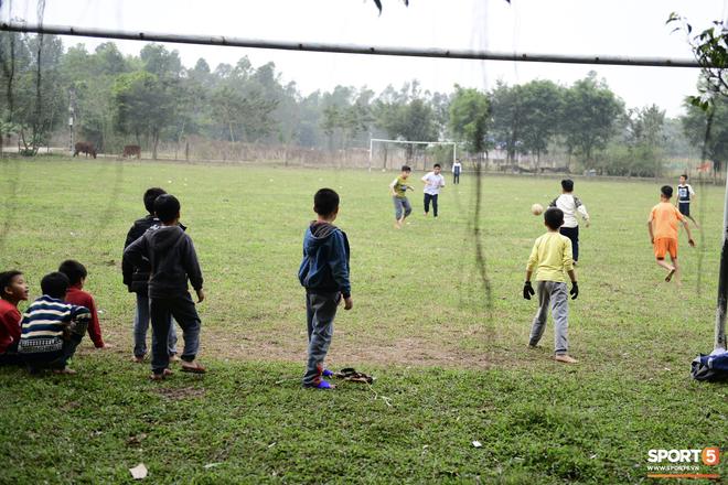 Nhờ chú lính chì Quang Hải, những đứa trẻ phát hiện còn có thứ tuyệt vời hơn cả chơi game - Ảnh 4.