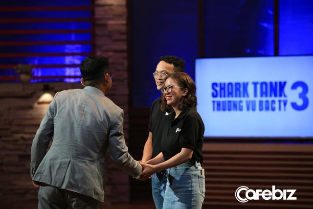 Startup Uber cho TeleMarketing từ bỏ 1 triệu USD của Shark Liên để nhận 300.000 USD của Shark Dzung bởi một câu nói: Em chọn tiền bây giờ hay chọn tiền trong tương lai - Ảnh 3.